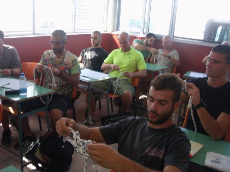 Lavoro per sub in piattaforma cedifop for Piscina hydra villabate prezzi
